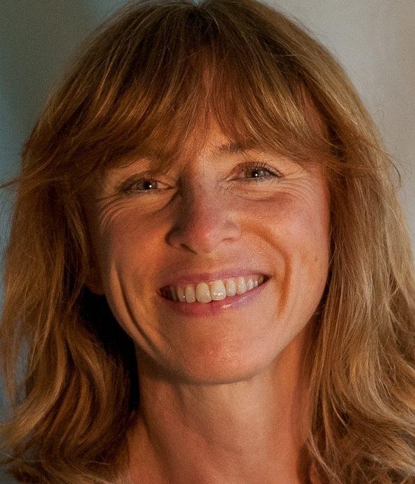 Portraitfoto von Tanja Riechers