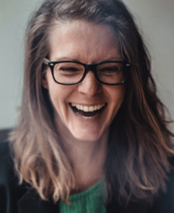 Logo: Monika Eleonore Schilling – diePotentialEntfalterin