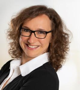 Portrait von AMM-Netzwerkpartnerin Anja Hassolt; BGF-Referentin